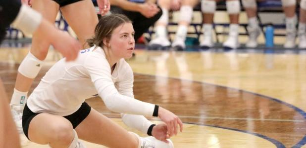 A nice dig for the KoMet volleyball team. It turned out to be a break-even week for KM as they defeated Pine Island and then lost to Cannon Falls.